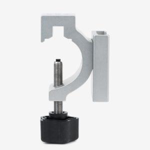 Side view of vertical application of blender pole mount bracket