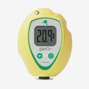 Yellow and green MaxO2+A scuba analyzer front
